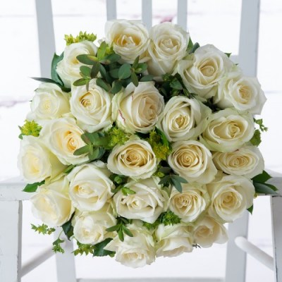 luxury_white_rose